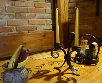 Svícen stolní