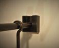Uchycení - šatní tyč